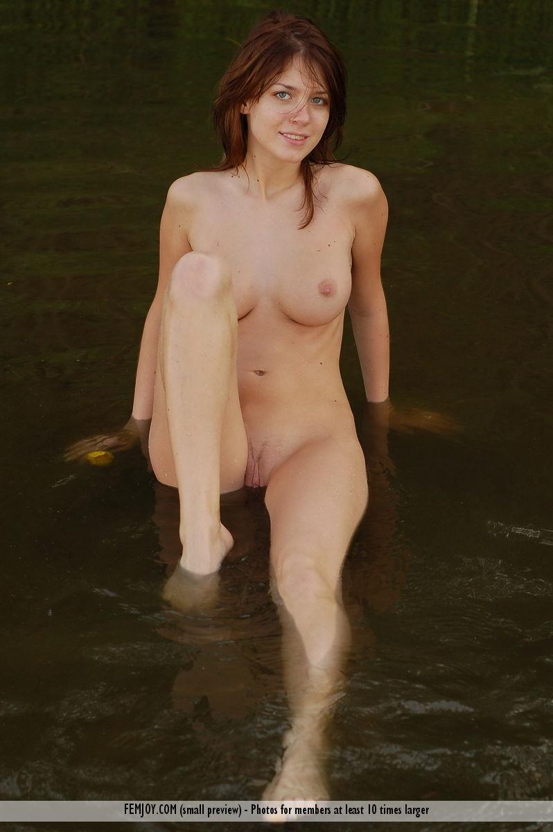 naked girl sitting