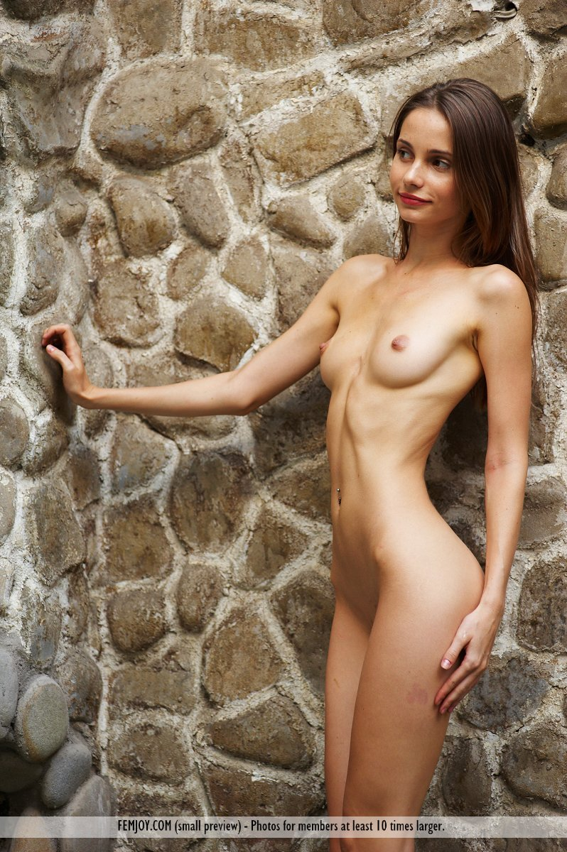 Group girls nude brunette