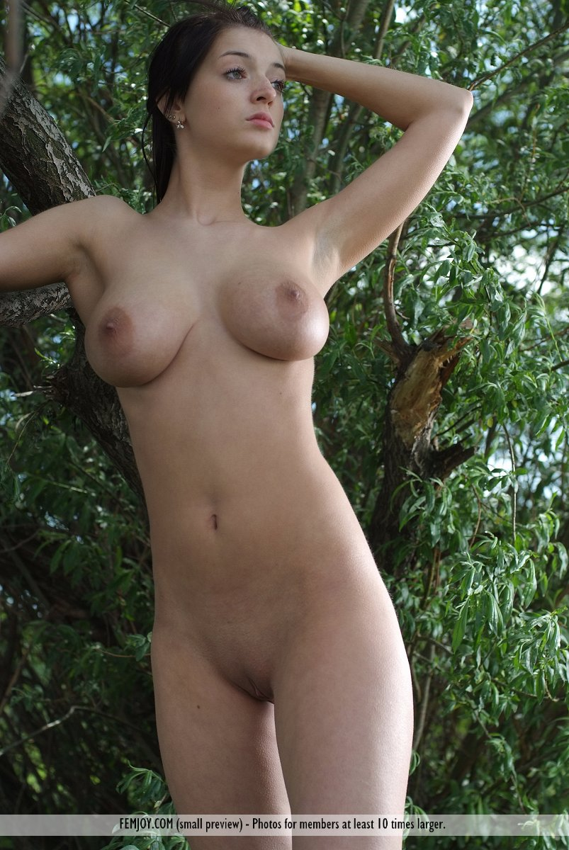 young fat redhead girl nude