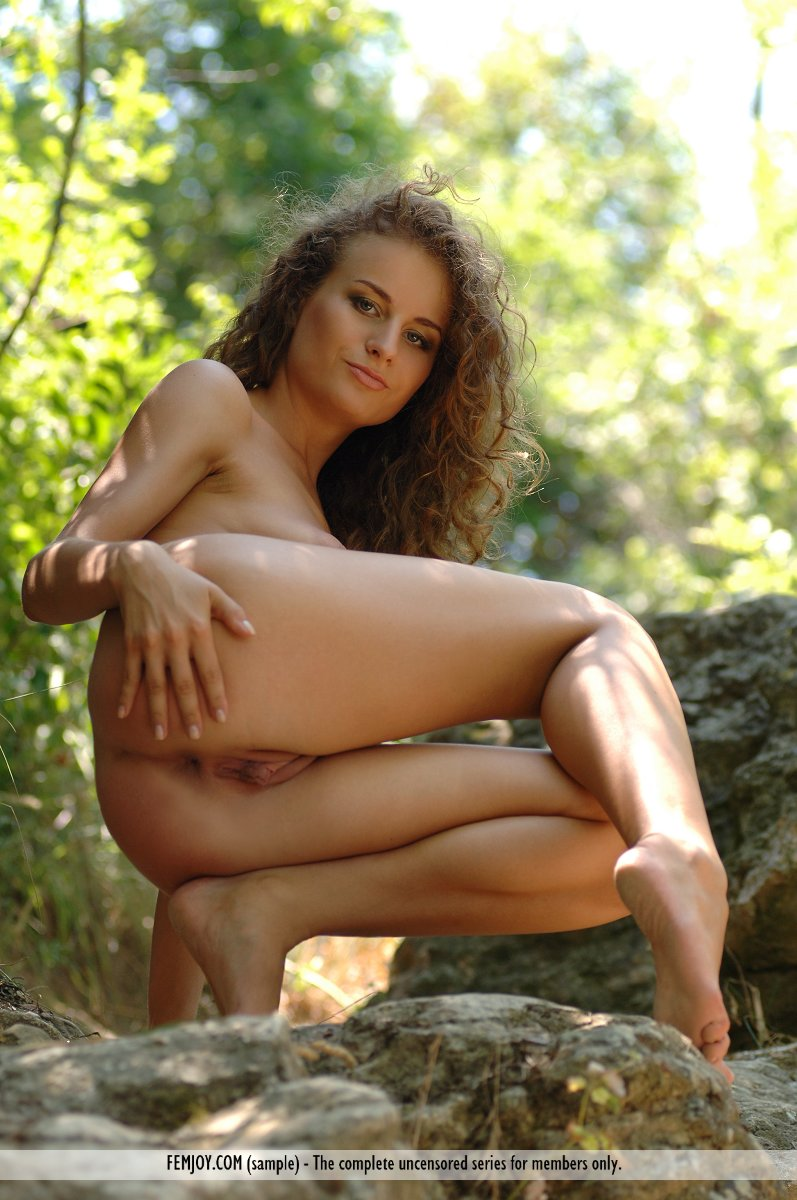 Femalw goblinnude naked image