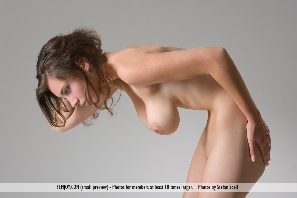 фото груди ню